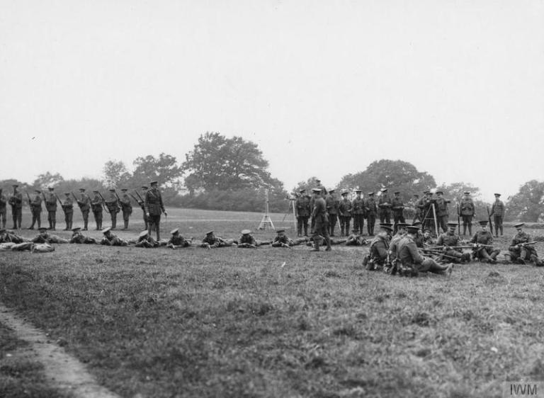 Troops of the 311th Battalion, London Regiment (Finsbury Rifles) at the rifle instruction, October 1915