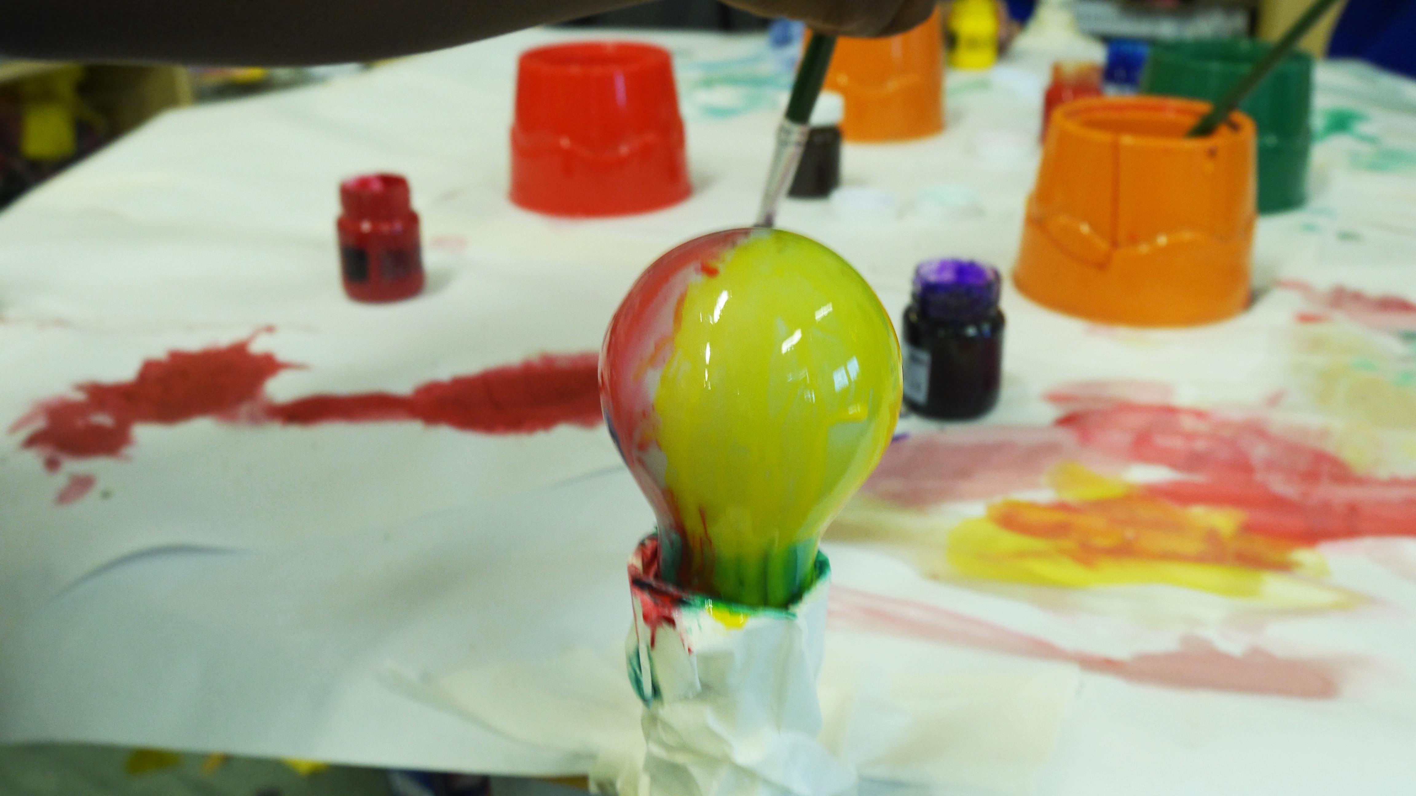Painting Light Bulbs4.jpg