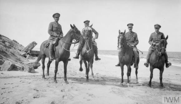 Q57855 officers of 1 .11 on horseback