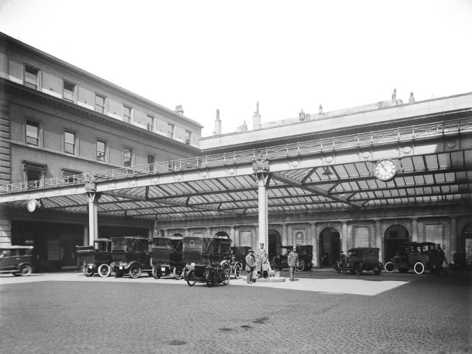 Euston Station 1920s