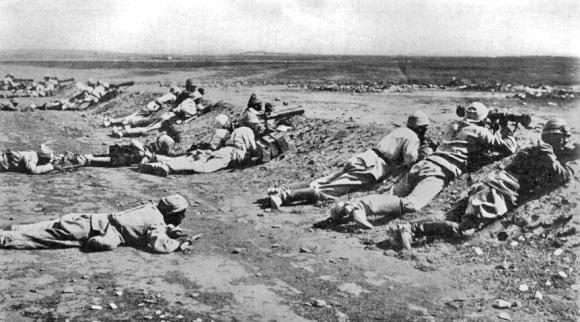Turkish_Machine_Gunners_2nd_Gaza_1917