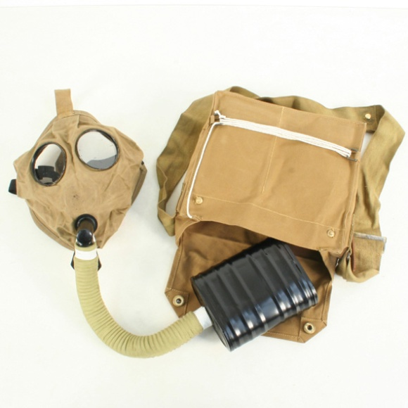 British Small box respirator ww1